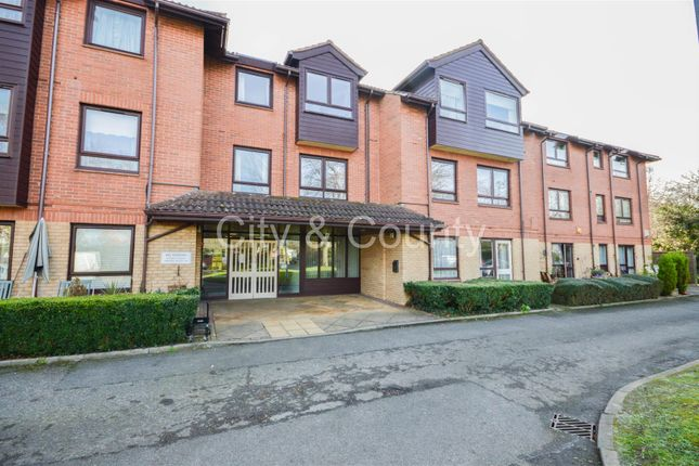 Thumbnail Flat for sale in Eastfield Road, Peterborough