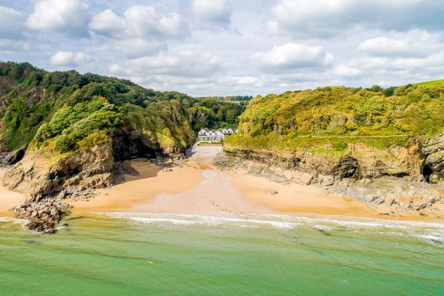Thumbnail Detached house for sale in Nr Tenby, Pembrokeshire