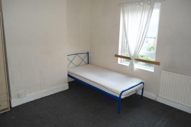 Bedroom of Duncan St, Brinsworth S60
