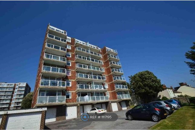 2 bed flat to rent in Jevington House, Eastbourne BN21