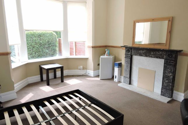 Thumbnail Room to rent in Tulketh Road, Ashton-On-Ribble, Preston