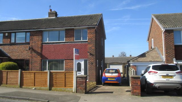 Thumbnail Semi-detached house to rent in Cobblers Lane, Pontefract, Wakefield