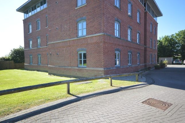 Thumbnail Flat to rent in Brunel Court, Truro