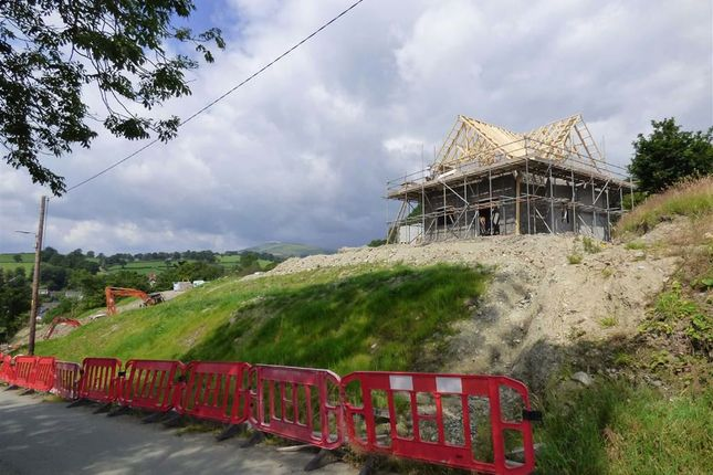 Thumbnail Detached house for sale in Park Street, Llanrhaeadr Ym Mochnant, Oswestry