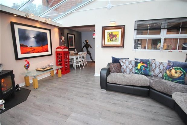 Family Room of Pintail Close, Leyland PR26