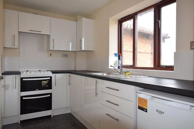 1 bed maisonette to rent in Japonica Close, Bicester, Oxfordshire OX26