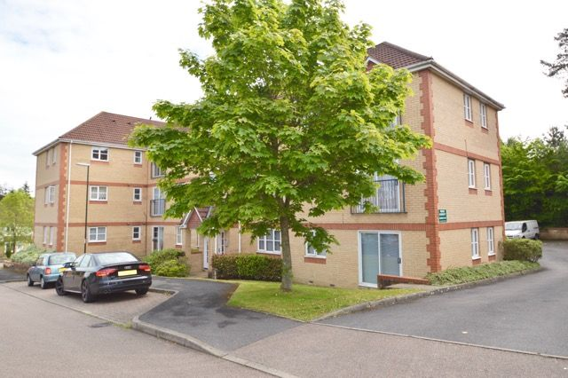 Thumbnail Flat for sale in Darin Close, Maiden Bower