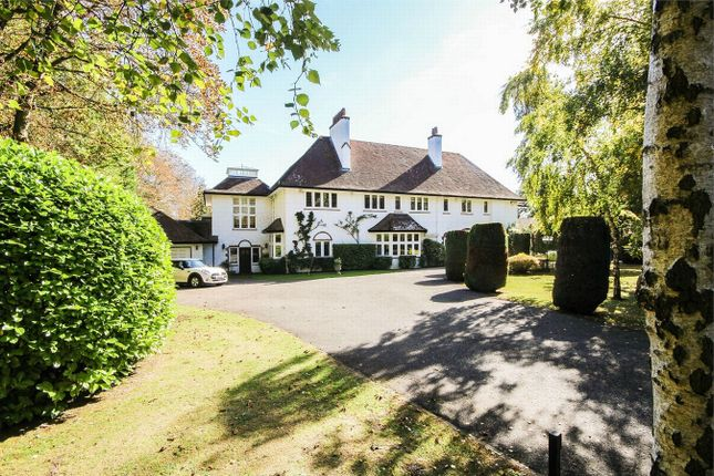 Thumbnail Detached house for sale in Silver Lane, Purley