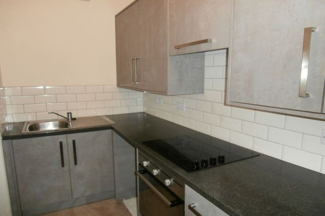 Thumbnail Flat to rent in High Street, Stalybridge