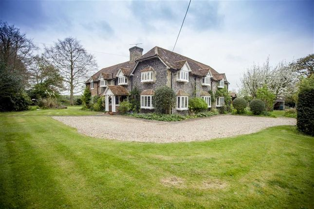 Thumbnail Detached house for sale in Roe End Lane, Markyate, Hertfordshire