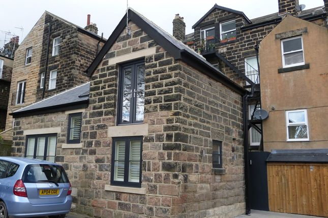Thumbnail Detached house to rent in Rear Of Harlow Moor Drive, Harrogate