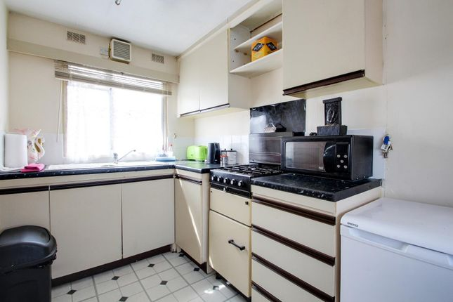 Kitchen of Meadow View Park, St. Osyth Road, Little Clacton, Clacton-On-Sea CO16