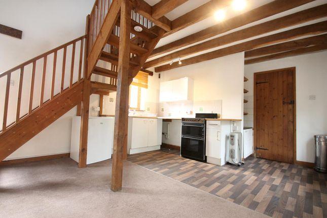 Thumbnail Terraced house to rent in Wisborough Green, Billingshurst
