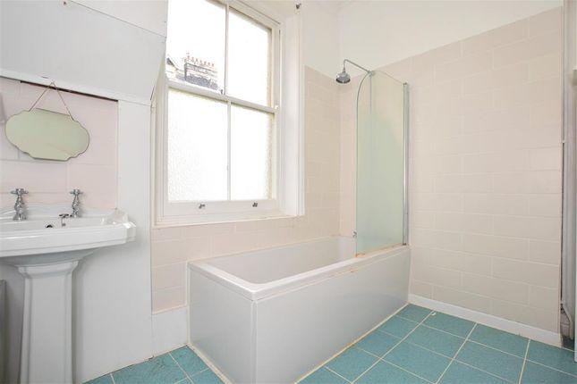 Bathroom of Denmark Terrace, Brighton, East Sussex BN1