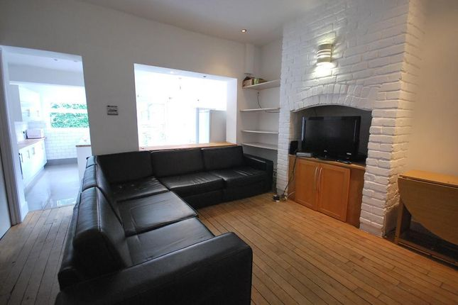 Thumbnail Terraced house to rent in Rippingham Road, Fallowfield, Manchester