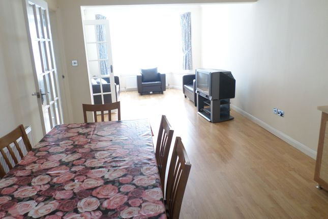 Thumbnail Semi-detached house to rent in Springfield Mount, Kingsbury