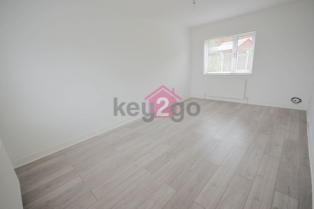 Thumbnail Terraced house to rent in Ravenscroft Oval, Sheffield