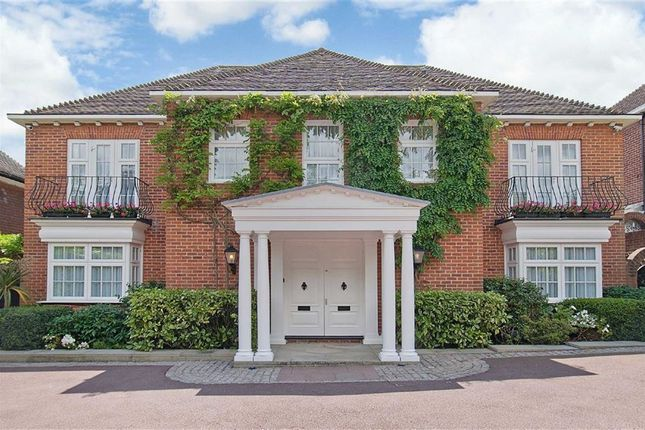 Thumbnail Property for sale in Totteridge Lane, London