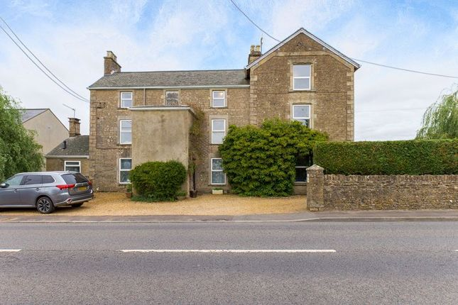 Thumbnail Property for sale in Vallis Road, Frome