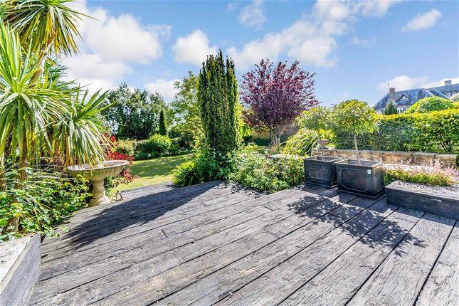 Garden of London Road, Arundel, West Sussex BN18