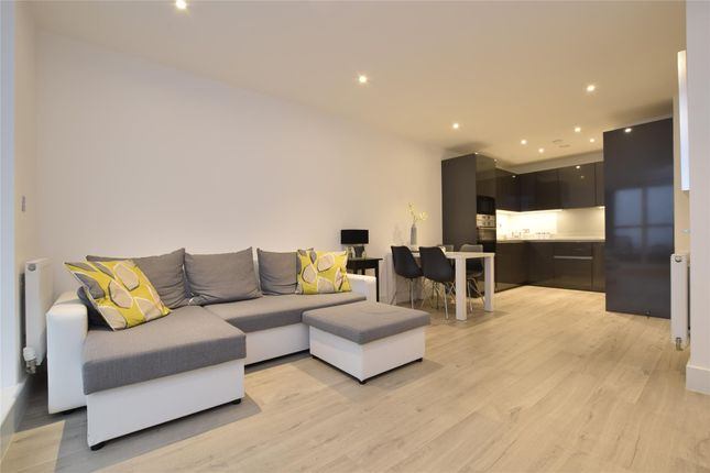 Thumbnail Flat to rent in Homefield Rise, Orpington, Orpington