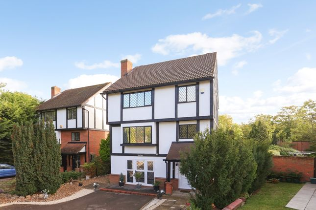 5 bed detached house to rent in Molember Road, East Molesey KT8