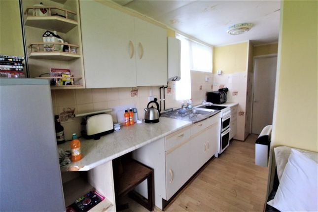 Kitchen of Hawaii Beach Bungalows, Newport, Hemsby, Great Yarmouth NR29