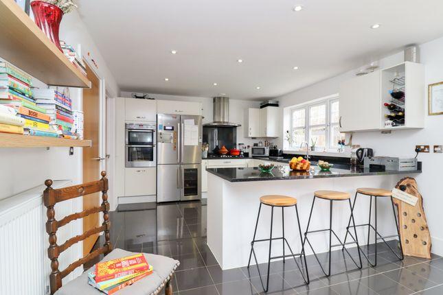 Thumbnail Detached house for sale in Glen Road, Swanwick, Southampton