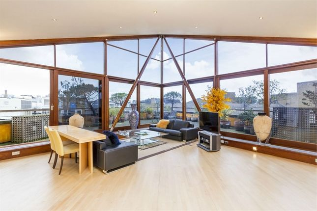 Thumbnail Flat for sale in The Triangle, Three Oak Lane, London