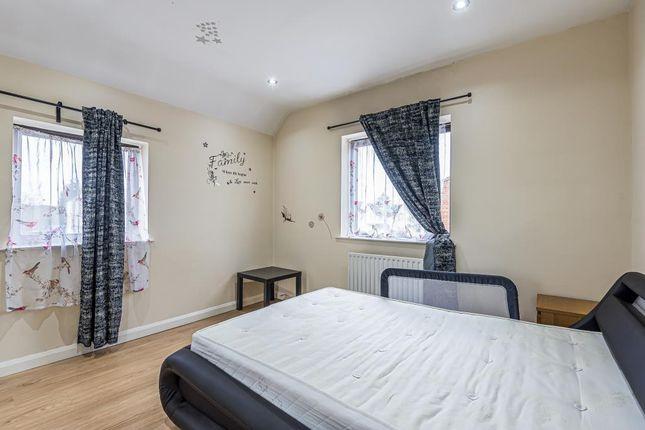 Bedroom of Burnham Lane, Buckinghamshire SL1