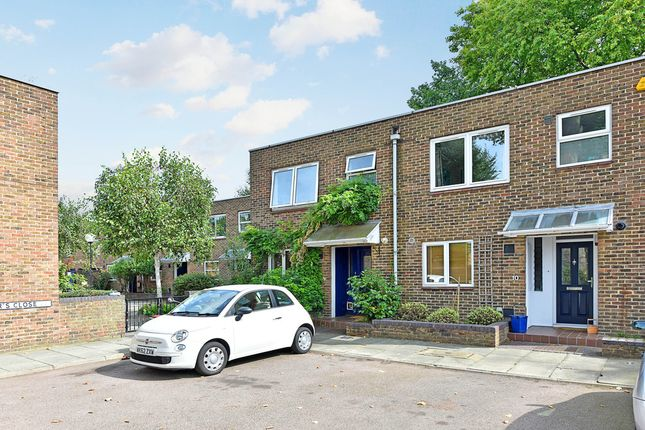 Thumbnail End terrace house to rent in Vicars Close, London