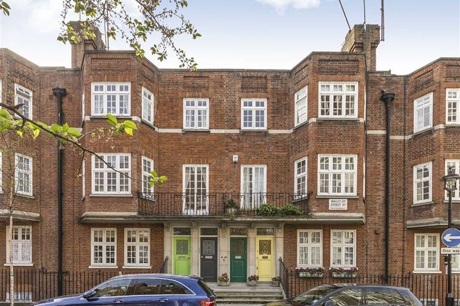 Thumbnail Flat for sale in Wheatley Street, London