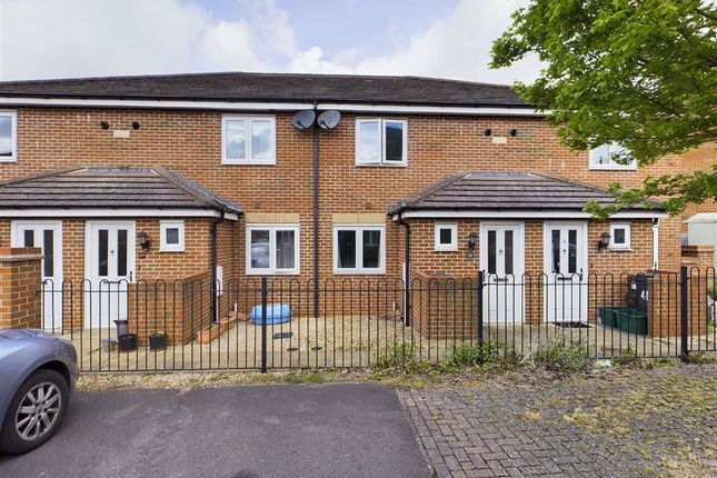1 bed terraced house for sale in Greenways, Gloucester GL4
