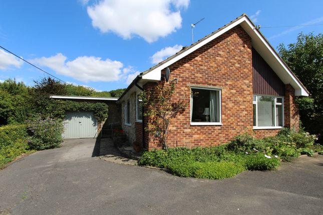 3 bed detached bungalow for sale in Ashton Close, Bishops Waltham, Southampton