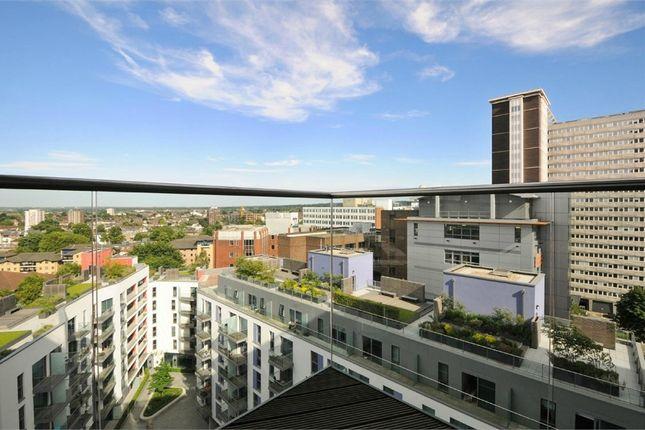 Thumbnail Flat to rent in Tennyson Apartments, 6 Saffron Central Square, Wellesley Road, Croydon, Surrey