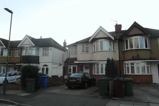 Thumbnail Property to rent in Lynton Road, Harrow