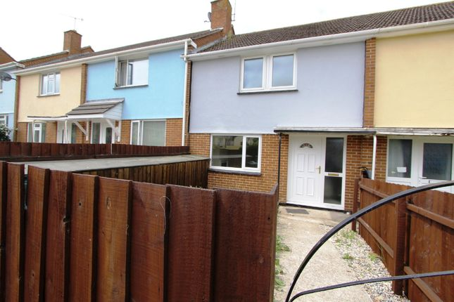 Thumbnail Terraced house for sale in Peacock Avenue, Torpoint