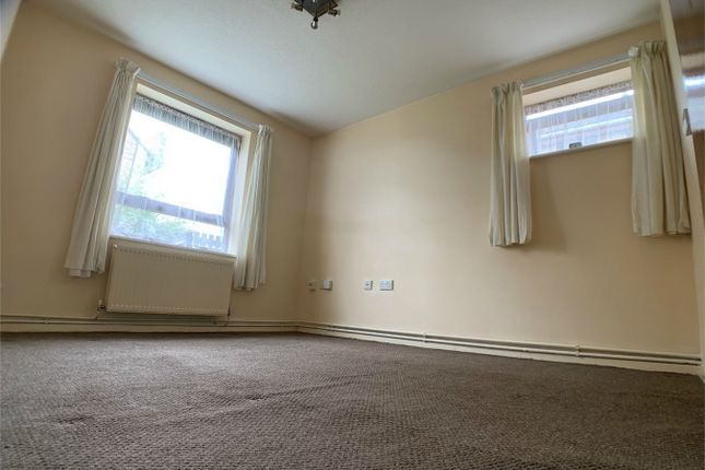 Thumbnail Flat to rent in Walton Park, Peterborough, Cambridgeshire