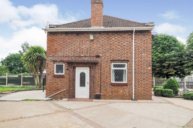 Semi-detached house for sale in Henderson Avenue, Scunthorpe