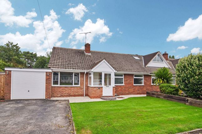 2 bed bungalow to rent in Park Close, Claverdon, Warwick CV35