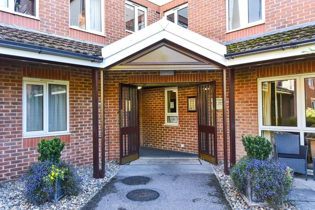 Thumbnail Flat to rent in London Road, Oxford