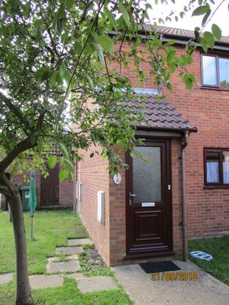 Thumbnail Flat to rent in Spinners Court, Stalham