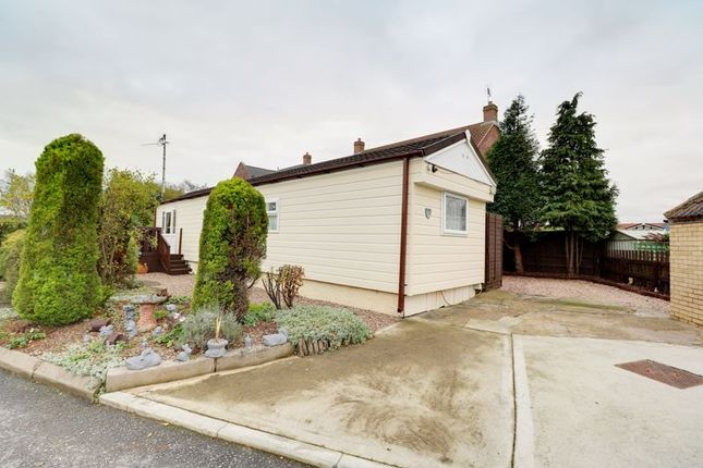 Thumbnail Detached bungalow for sale in Barton Broads Park, Maltkiln Road, Barton-Upon-Humber