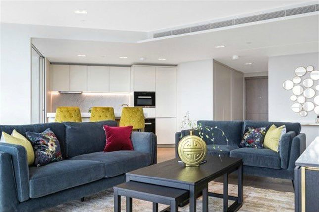 Thumbnail Flat to rent in Southbank Tower, South Bank, London