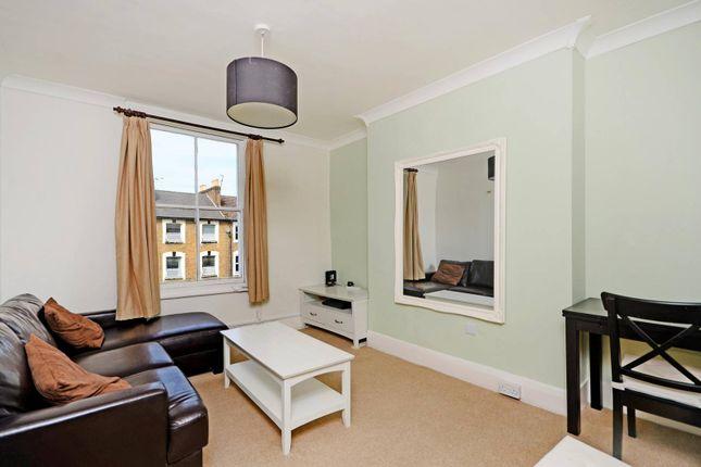 Thumbnail Flat to rent in Coningham Road, London, Shepherd's Bush