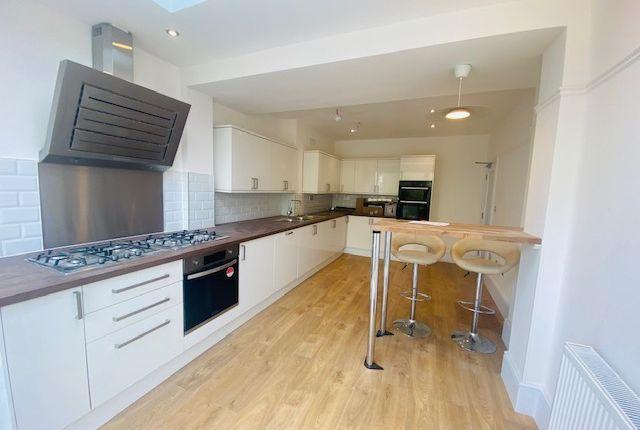 Thumbnail Semi-detached house to rent in Brunswick Road, Ealing