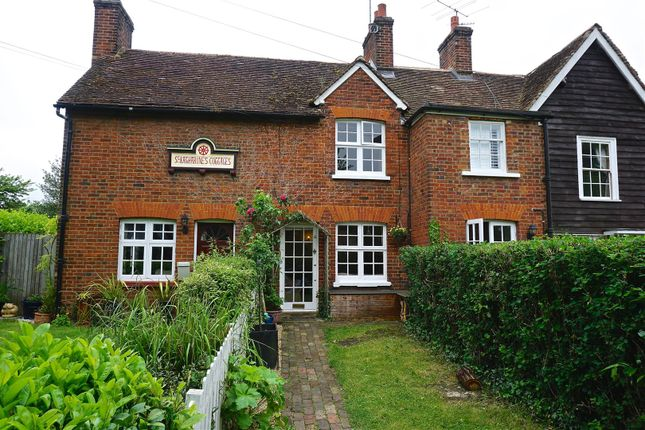Thumbnail Cottage for sale in Greenfield Lane, Ickleford, Hitchin