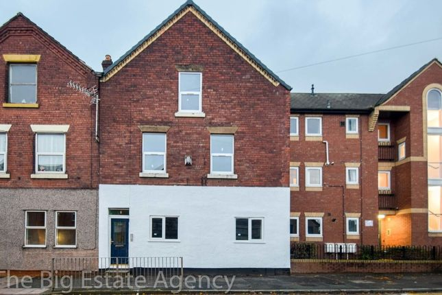 Thumbnail Flat to rent in High Street, Connah's Quay, Deeside