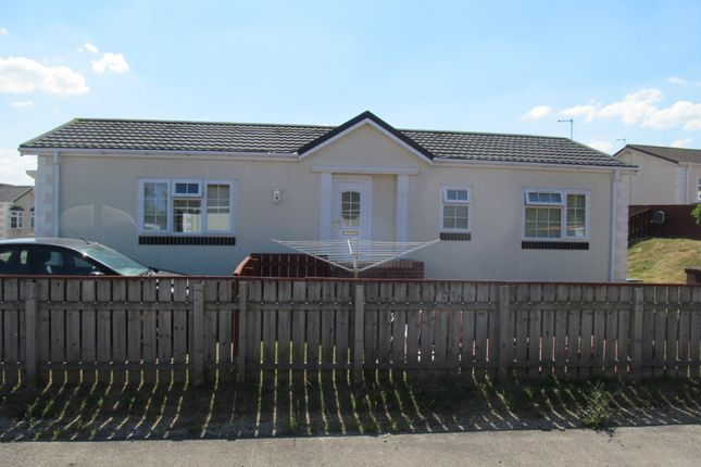 Mobile/park home for sale in Seaview Park (Ref 5955), Eastington Road, Hartlepool, County Durham