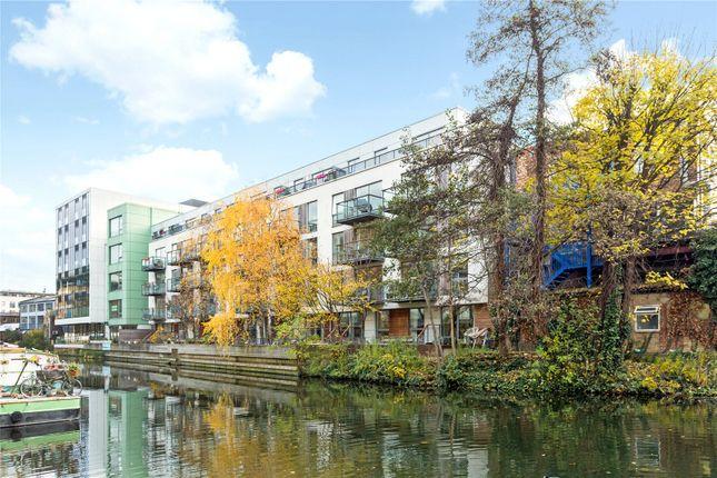 Thumbnail Flat for sale in Orsman Road, De Beauvoir, London